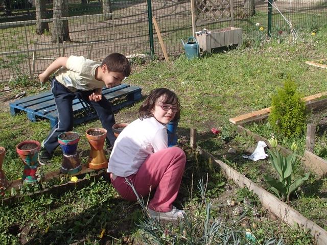 Le jardin c 39 est reparti ecole pier giorgio frassati - Horaire vive le jardin bernay ...